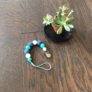 Other - Chewable beads/binkie clip